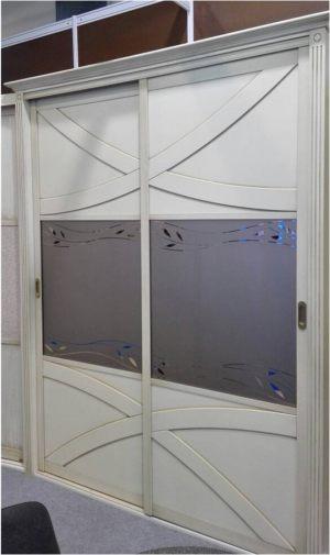 Классический шкаф купе с эксклюзивным декором Могилёв